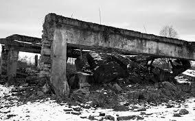 Germans Bomb Part of Auschwitz