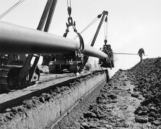 Oil Pipeline from Edmonton to the Great Lakes.