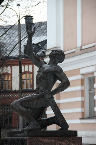 Vabadussõja monumentide hävitamine