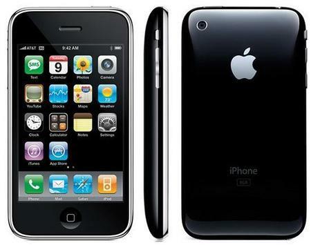Aparición del iPhone.