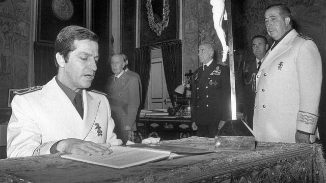 Adolfo Suarez, Presidente