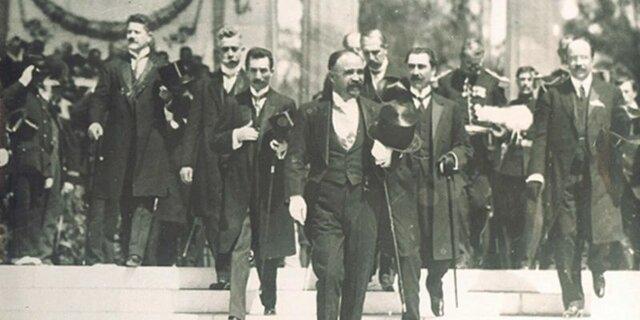 Inicia el gobierno de Francisco I. Madero.