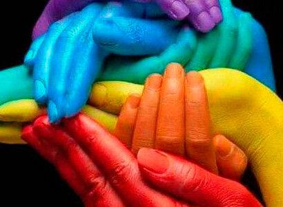 Apertura del primer centro comunitario LGBT