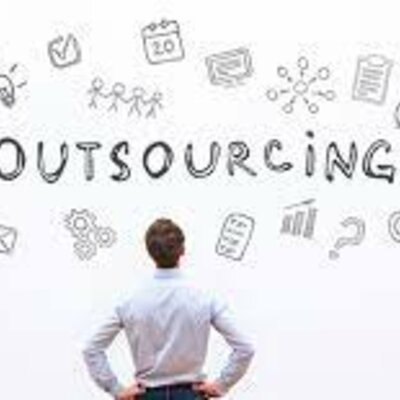 HISTORIA OUTSOURCING timeline