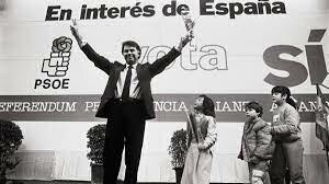 España aprueba en referéndum su entrada en la OTAN. (12/marzo)