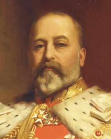 King Edward VII becomes king