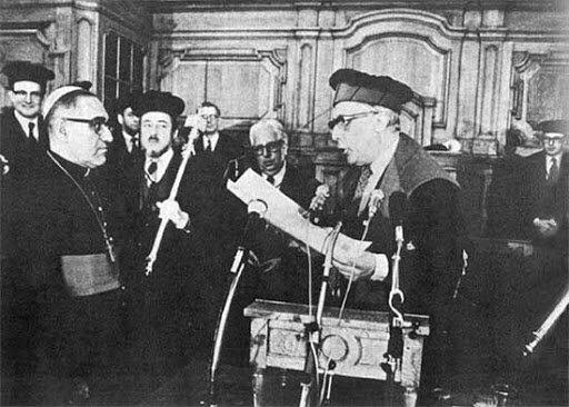 Romero es ordenado obispo