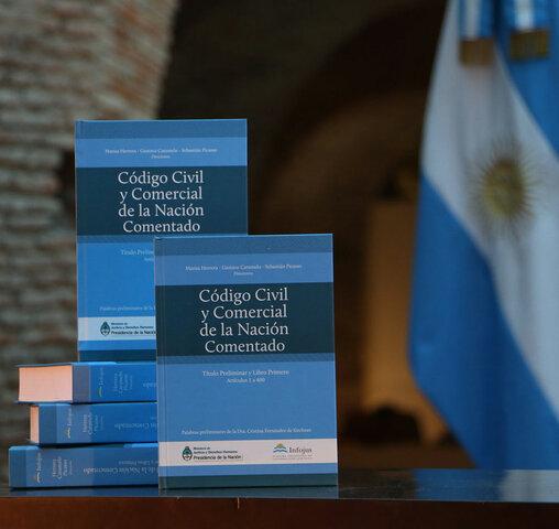 Gran reforma del Código de Comercio. Inicio del Código Civil y Comercial.