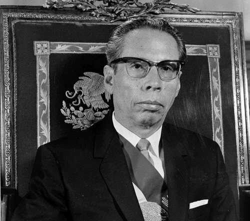 GUSTAVO DIAZ ORDAZ ASUME LA PRESIDENCIA DE MEXICO