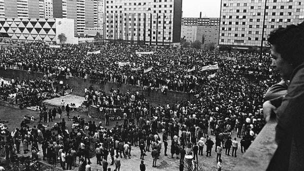 Manifestación con ciento cincuenta mil participantes