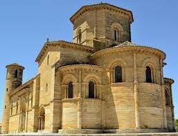 Predomina el arte románico (S. XI-XIII)