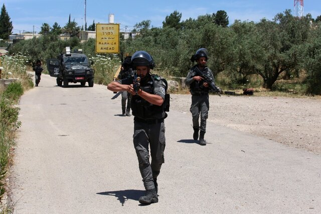 巴以在东耶路撒冷发生冲突,已致上百人受伤