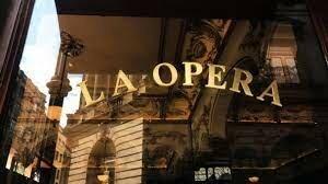 Abrió sus puertas La Ópera