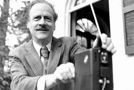 Marshall McLuhan (1911 - 1980)