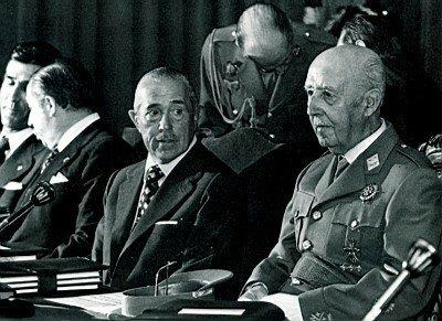 Gobierno de Arias Navarro («espíritu del 12 de febrero»).