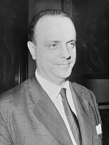 Manuel Fraga Iribarne (Biografía)