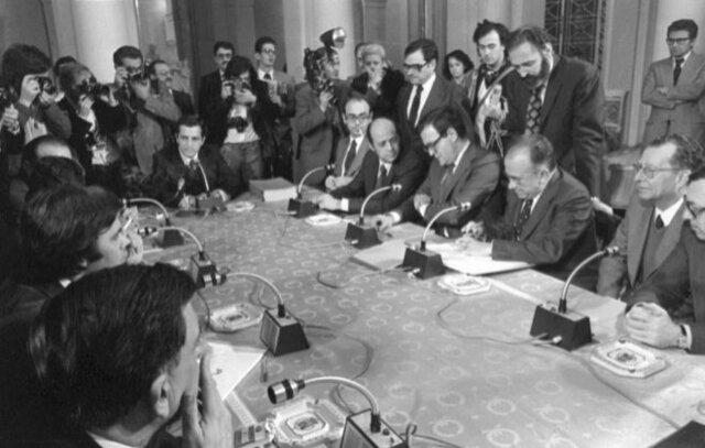 Firma de los Pactos de la Moncloa