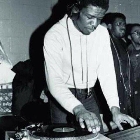 DJ Grand Wizard Theodore invents the record scratch.