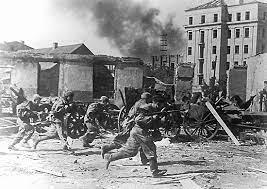 """L'arma rossa iniziò l'operazione """"Bragation"""""""