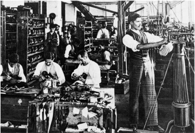 Desaparece la comunicación entre fabricantes y clientes.