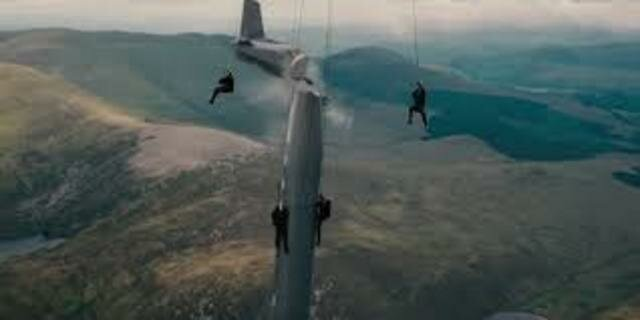 Nov 12, 1910 First movie stunt