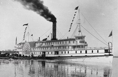 premier bateau a vapeur mise en service sur le Fleuve Saint-Laurent