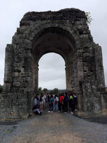 Visita del yacimiento arqueológico de Cáparra