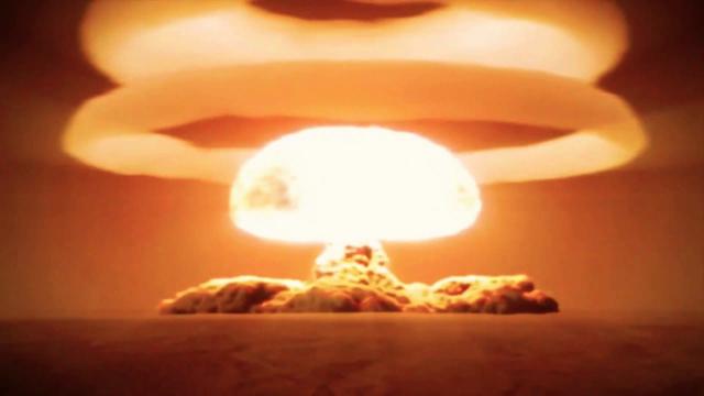 1ère Bombe Atomique