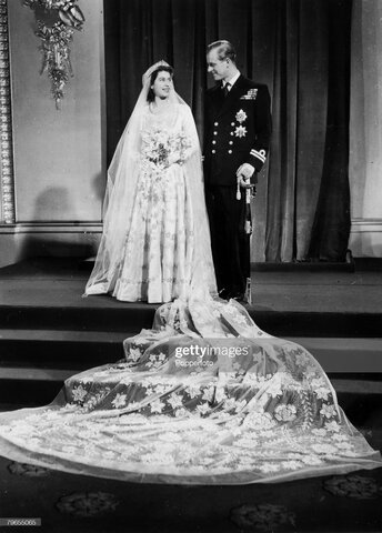 Wedding dress for Princess Elizabeth of Britain: The purpose of the dress was for it to be worn at Princess Elizabeth's wedding to Lieutenant Phillip Mountbatten.