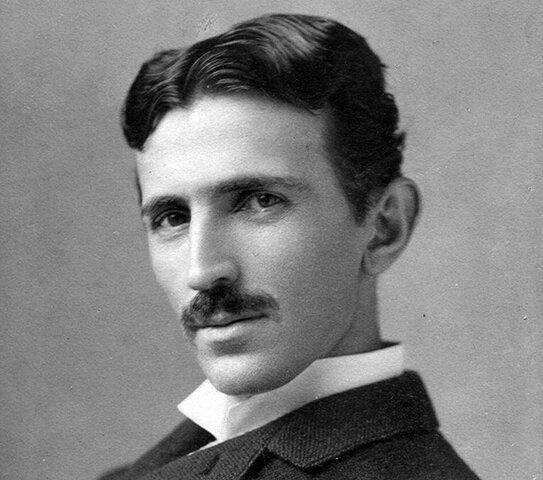 Nacimiento de Nikola Tesla