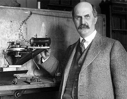 William Henry Bragg( Los rayos gama no son particulas)