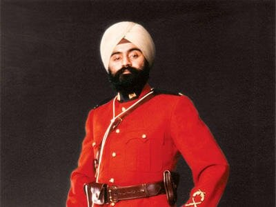 turbans can be worn with the RCMP uniform