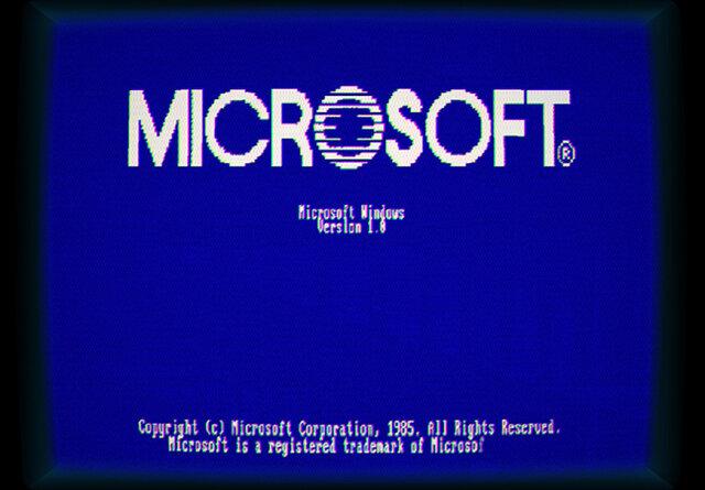 Microsoft Windows 1.0 Interface Released -  Bill Gates Leaps Onto the Scene