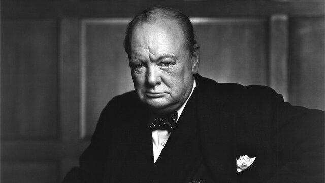 Winston Churchill sube al poder
