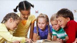 Improving children's English level by reading timeline