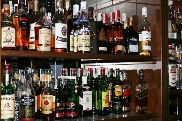 Aumento en el impuesto de las bebidas alcoholicas.