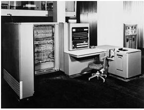 IBM 701 2da Generación