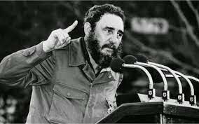 tras el derrocamiento del militar Batista en Cuba por parte de Fidel Castro en una ocasión estuvo a punto de estallar un conflicto nuclear.