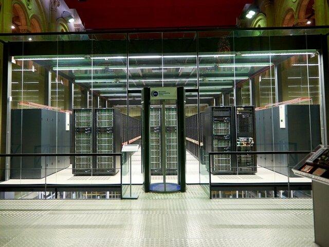 Inauguració Supercomputador Marenostrum a Barcelona