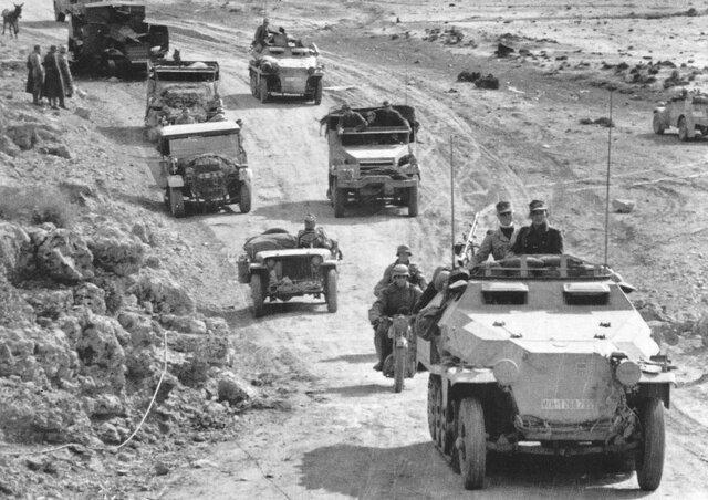 Alemania envía los Afrika Korps