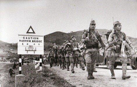 Los japoneses ocupan Hong Kong