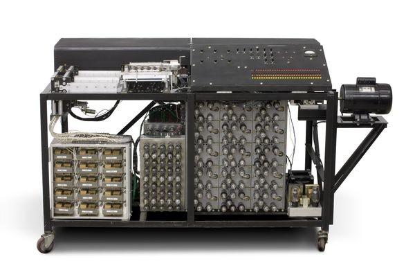 Primeiro computador elétrico Intel