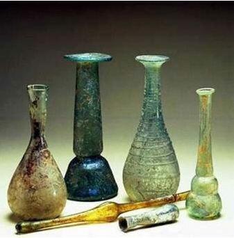 Invención del papiro y el vidrio