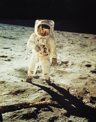 Neil Armstrong, primer hombre en llegar a la luna