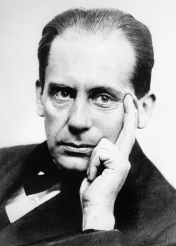 Walter Adolph Georg Gropius