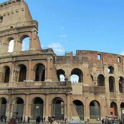 Roma Antiga - Isabela prada 22 e Cintia Ísis 19 timeline