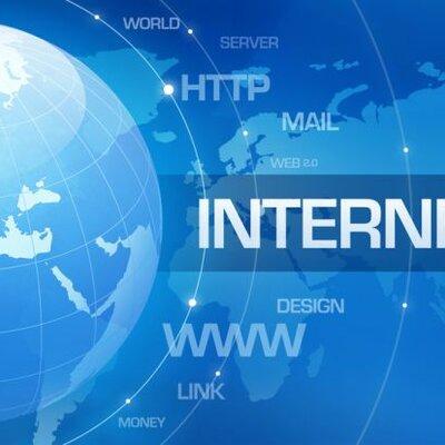 Evolución del internet en la educación timeline