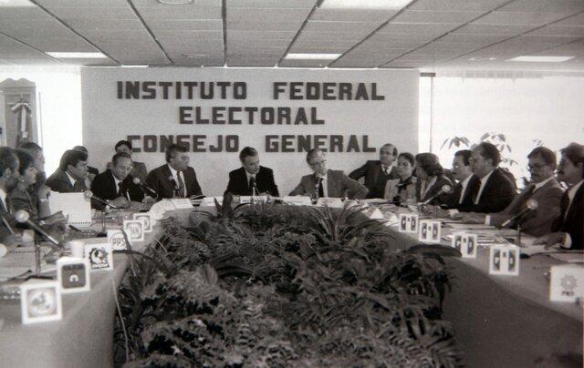 1990 IFE