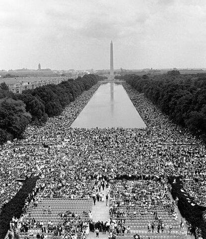 I have a dream (Yo tengo un sueño) por M. Luther King.