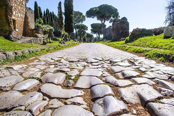 1ère voie romaine pavée